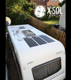 montering af 3 solceller på campingvogn