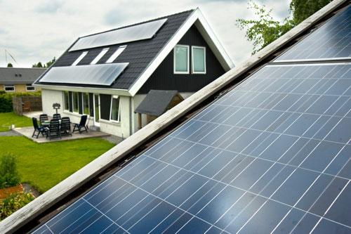 Dit solcelleanlæg trygt hos os